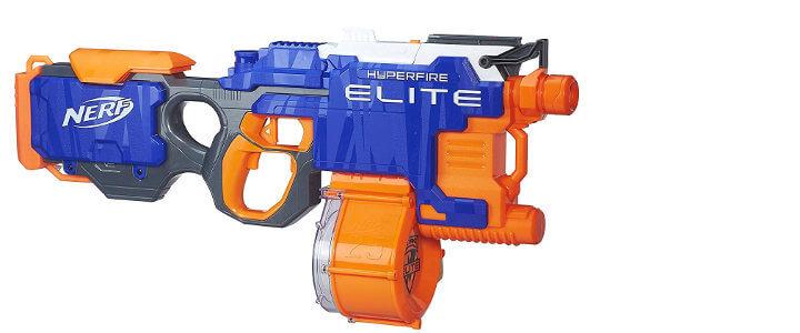 Pistola NERF de dardos de espuma